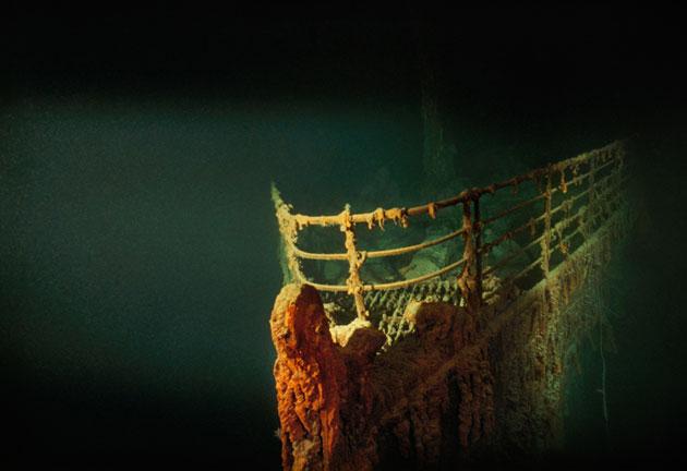 1991, مقدمة سفينة تايتانيك التي غرقت في شمال المحيط الأطلسي عام 1912