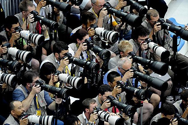 جنون المصورين
